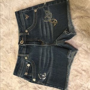 denim justice shorts with sparkles✨💙